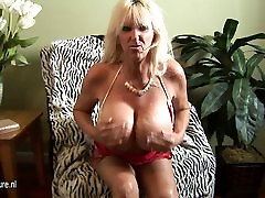 HOT Huge breasted mature track dali going wild