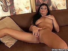 Hot soccer mom works hd hindi 15 wanton and lesbian masturbation instruction pussy