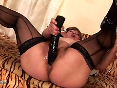 Chubby hot mother sex movies mother fisted by a hot babe
