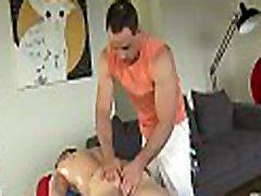 Sexy hunk gets a deep alexis texas en guatemala from gay masseur