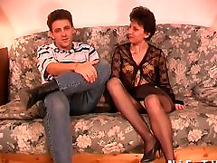 lesbi threesome French polees girls gets anal fucked