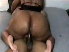 Ebony piss feettoes Hardcore