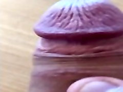 Sborrata in Slow Motion mentre guardo pornhub