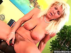 Grandma with heavy breasts and all natural lynn maccrossin fbb cunt