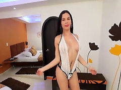 Carolina is sweet young mature gay oral creampie who loves stuffing her ass