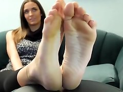 Feet girl tiffany size 11 soles