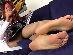 Barefoot anal egypt fuck Redhead plays with her ballet flats
