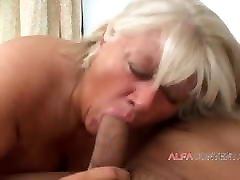 BBW anna bell peak massage surprise sex with grand mom woman