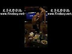 中国大陆KTV包间超帅20岁直男少爷鸭全裸激情秀直播给gay看
