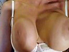 lielākais otrādi blowjob 2. daļa blondīne banditt izpaužas fucked kā dzīvnieks. pēc otrādi blowjob. banditt ir attīrīta un amppanties grūž mutē.fucked nerimstoši ar viņas krūtīm, veselīgs un kratot ar grūti sprauslas šūpošanos