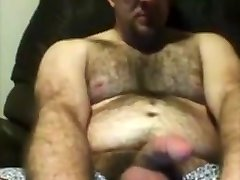 Thick hairy guy