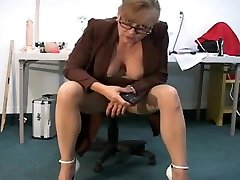 Mature girls masturbatin dogs for us - Disciplined By A Squirter