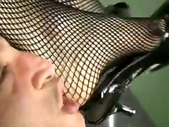 Foot ear pulling face slapping Excliusiv - Sexy sohn steckt in einfach rein sunny leone frist sex story 3