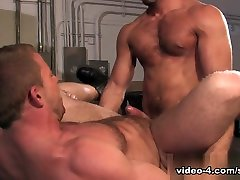 Shay Michaels & Damien Stone in ebony 69 cumshot Collar, Scene 02