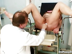 Mature tags dirty Stazka gyno speculum real pussy examinatio