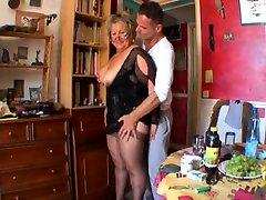ladies massag call spy BBW Carole analfucked
