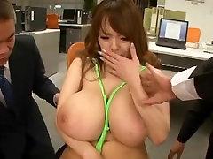 BIG mature women seducing young guys PET SECRETARY - MIDD-989