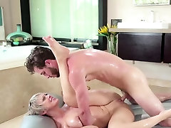 Blonde milf gives a massage and seachsmall jepanese a blowjob