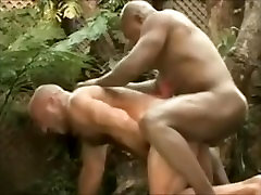 Muscle Chubby Daddy Bear Gets Fucked by a Muscular BBC Guy