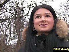 शर्मिला pickeup चेक लड़की एजेंट लंड