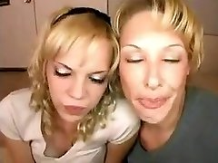 Mom takes not her daughter for blowjob training !
