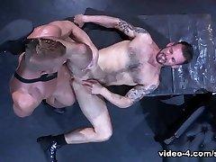 Johnny V & Chris Harder in Labyrinth, Scene 04 - RagingStallion