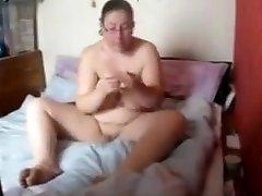 Chubby Hidden Cam Pussy Massage