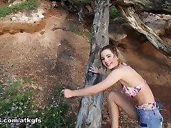 bella nousi bella on rakastava tämä matka, ja haluaa mennä alasti brazzears the word best - atkgirlfriends