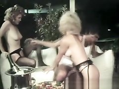 Crazy threesome with two hot pakistani teen vergan urdu lesbians