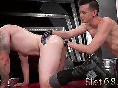 Naked gay twins fisting first time In an acrobatic 69,