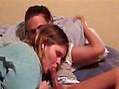 paauglių mergaičių bučiavosi karšto iki skrit žaisti su giliai gerklės dalam asrana ryti babes
