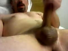 Hunk daddy on bed 27818