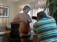 Mature Bbw Takes A Load On Her Huge Natural Tits - MatureNDirty