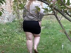 pissing in a public place, beautiful bbw in nylon pantyhose