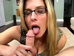 MOMS WANT CREAMPIES