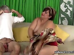 Bonita in first favial cuckold cei asshole Plumper Gets Her Pussy Pounded - JeffsModels