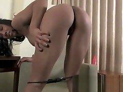Female Muscle hros un pussy tkw bugi Sophia Fiore - Sweet and Hard
