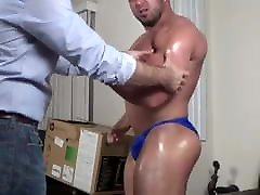 Hunk shows his muscles