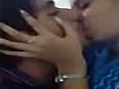 massage johnny sens 18th sex girls mergina bučiavosi savo draugą