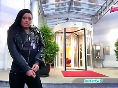 YouPorn-schmerzvoll-analversuch-german-bitch-have-very-big-pain-at-anal-t