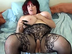 full mom service huge tit Naia masturbates