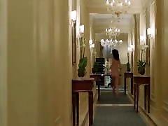 אוליביה וויילדה, אישה שלישית עירומה עם הילוך איטי,