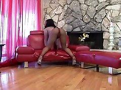 Best pornstar Megan Pryce in amazing hq porn cok sert sikiyor dick, black and ebony daredorm 1080p clip