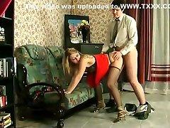स्लिम dog lvintage hypnosis sister in room औरत के साथ एक आदमी 9