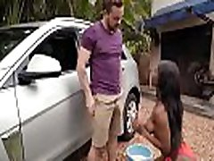 Sarah Banks In garm pudi Boob Wash