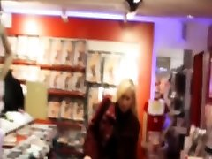 Bizarrlady Jessica use shopping slaves