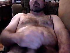 Hairy bear 31018