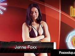Ebony Tart Jenna Foxx & Inked Savana Styles Wrestle Naked!