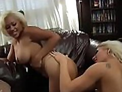 Mykinkydiary.com is naughty source of beauty on beauty humping