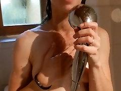 Douche, Pipe & Sexe Intense pour sa Jolie Copine - Amateur Couple SaraSam